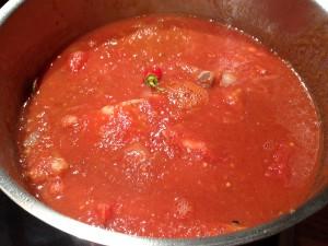 Rippchen mit Tomatensauce