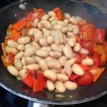 Salat mit Weißen Bohnen und Paprika